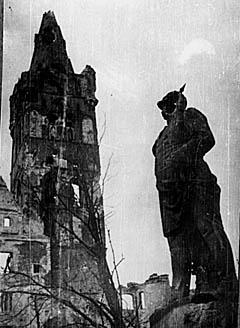 По слухам, из злополучного Бисмарка впоследствии получился Ильич