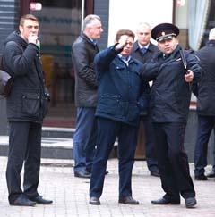Пока полицейские строили версии, киллеры спокойно улетели на самолёте в Санкт-Петербург. фото klops.ru