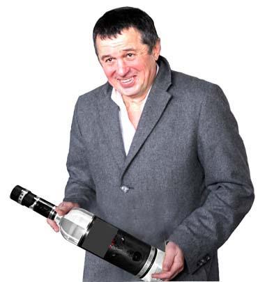 На вооружении у водочного олигарха Александра Данишевского пузыри всех калибров