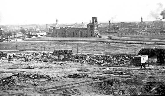 Вид на Кнайпхоф и руины Кафедрального собора, 1968 год
