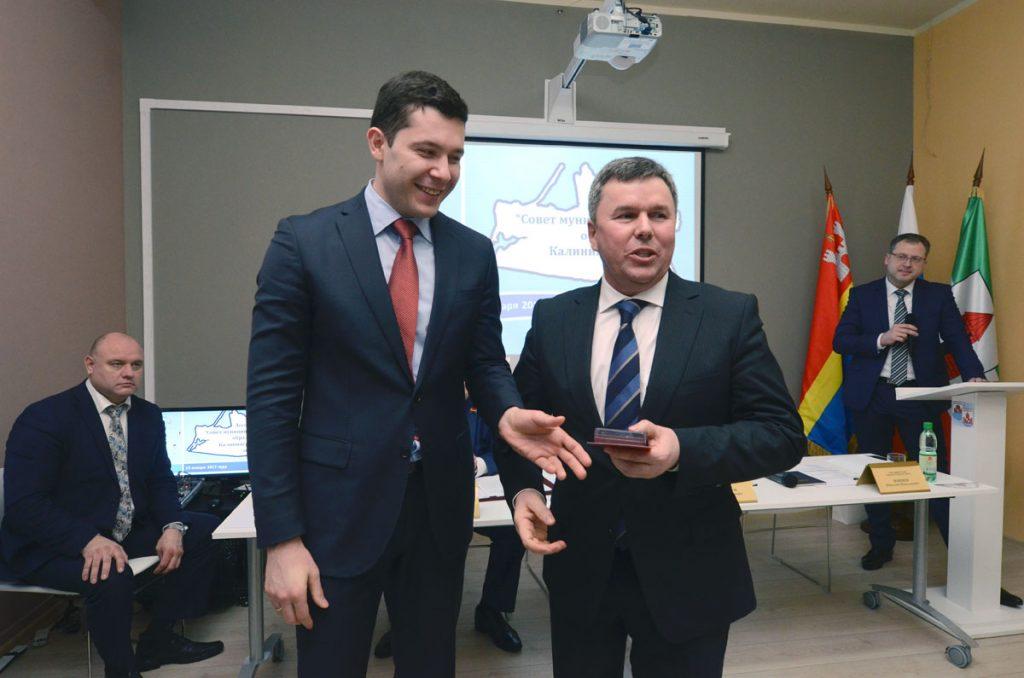 Алиханов и Подольский