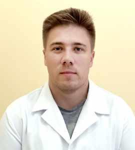 Денис Язиков врач