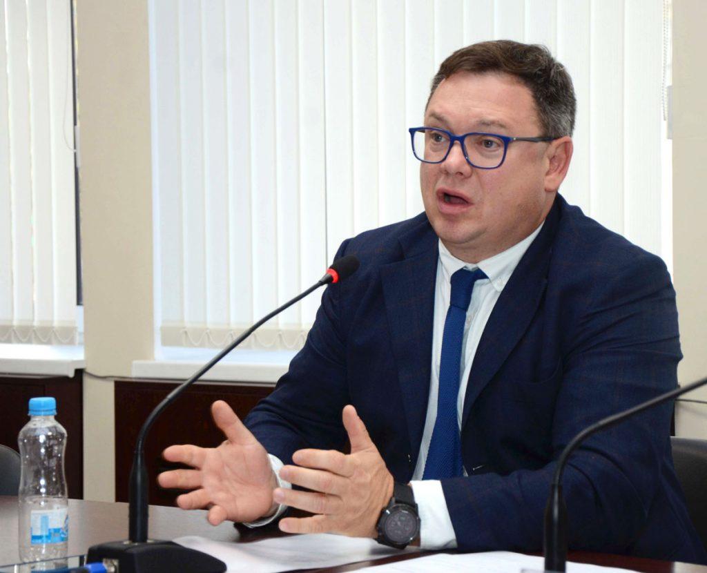 Олег Грознецкий