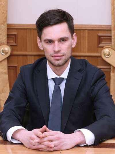 Министр Олег Ступин