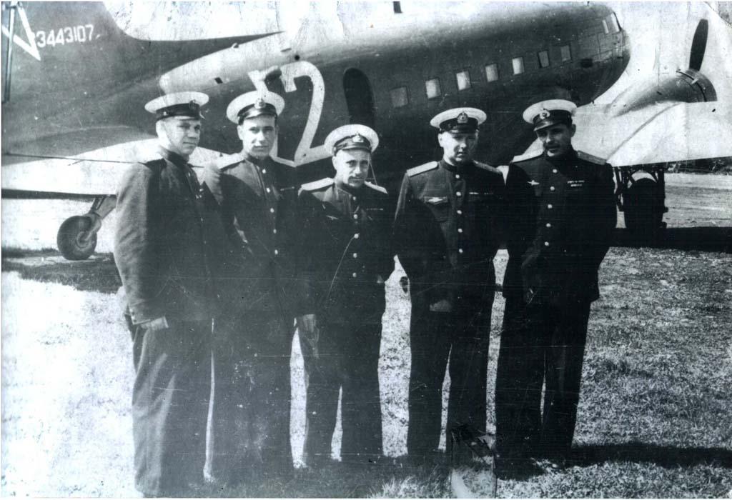 devau.jekipazh-li-2.otec-vtoroj-sprava-anatolij-mihajlovich-ivanov.1964.jpg