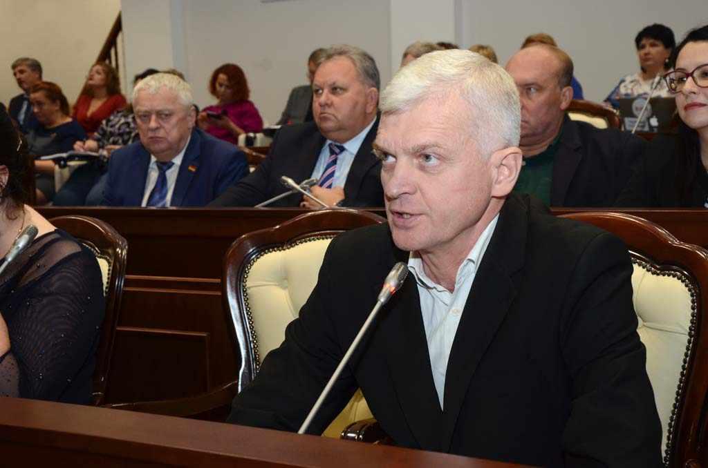 Игорь Ревин КПРФ областная Дума