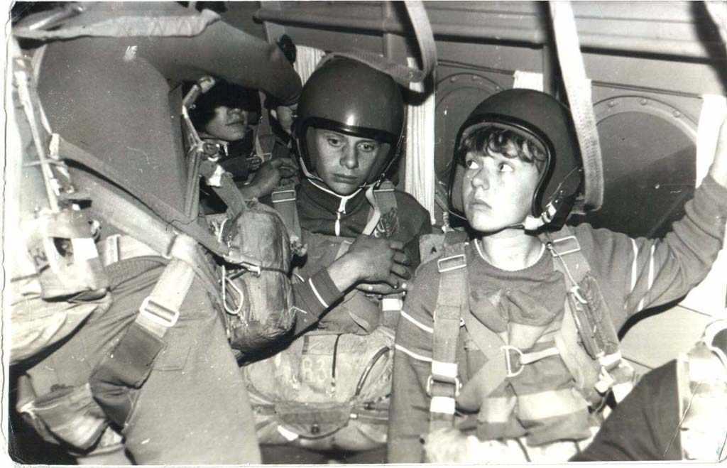 Девау парашютисты Ан-2