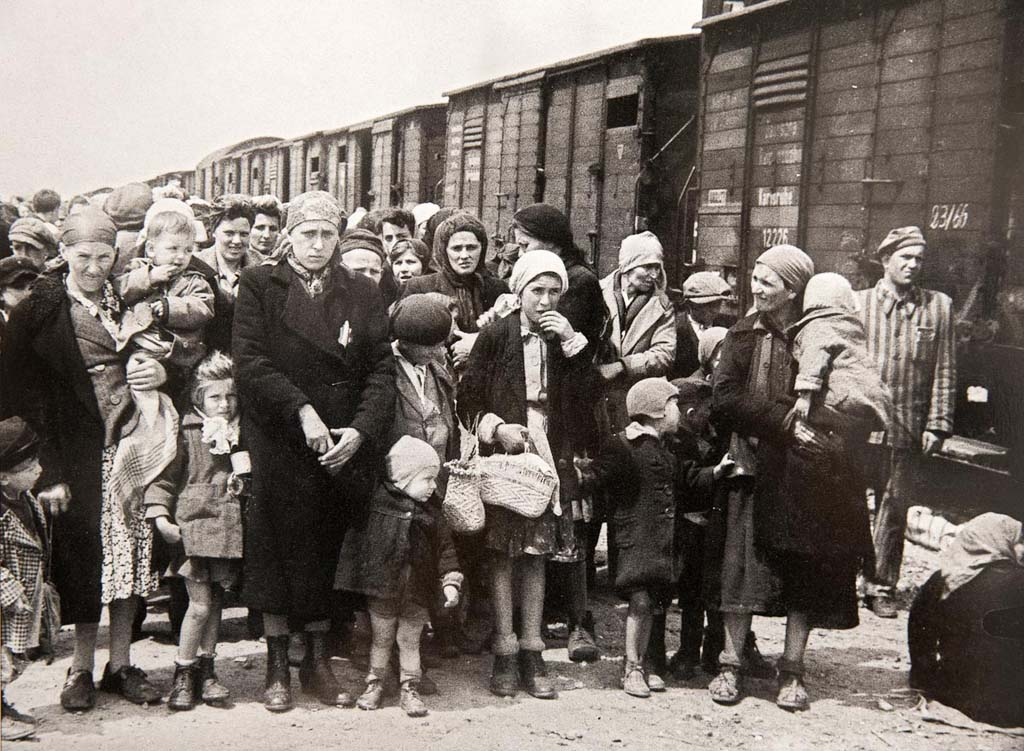 евреи холокост