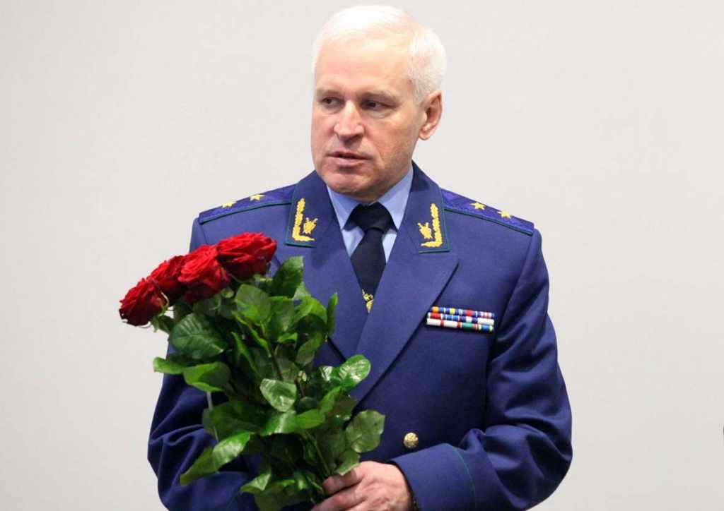 прокурор Хлопушин ушёл на пенсию