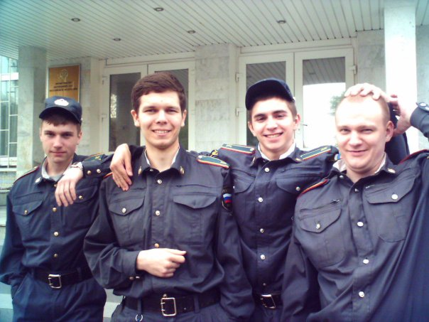 Антон Алиханов - мент