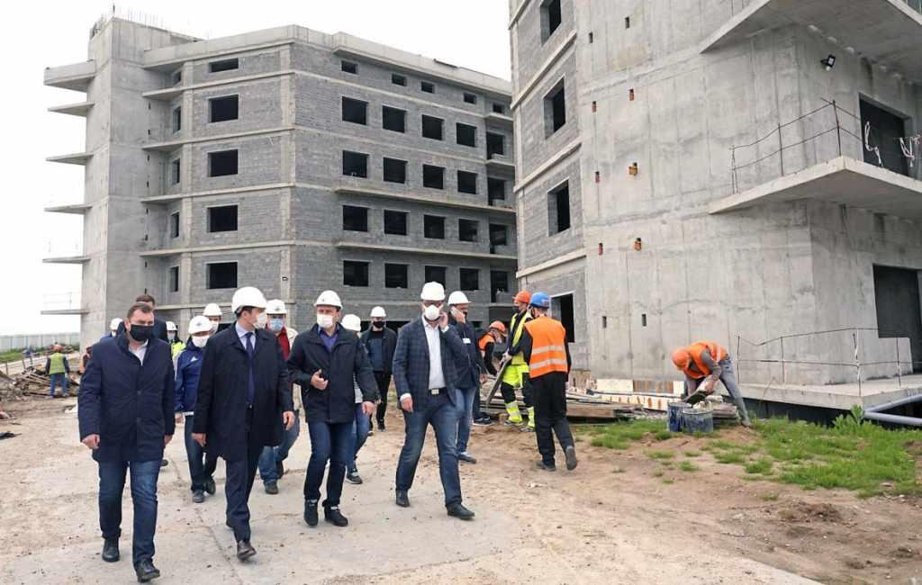 Алиханов онкоцентр ПЭТРУСКо якобы возобновили строительство