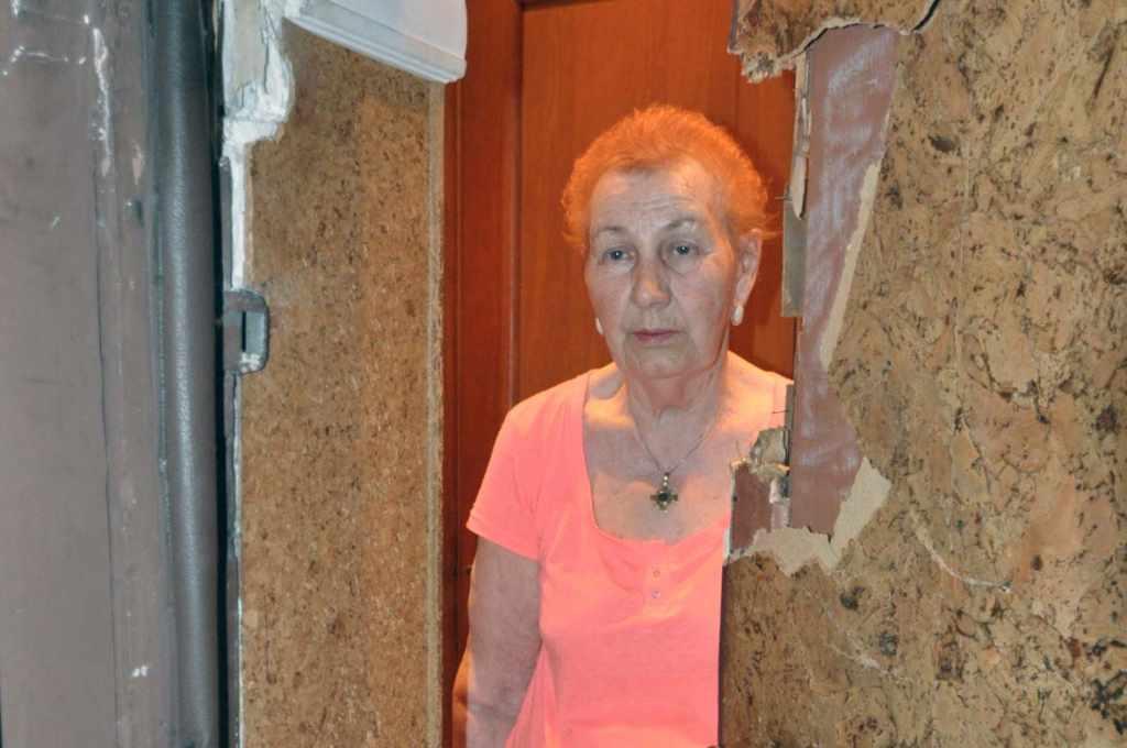 выломали дверь в квартиру Калининград