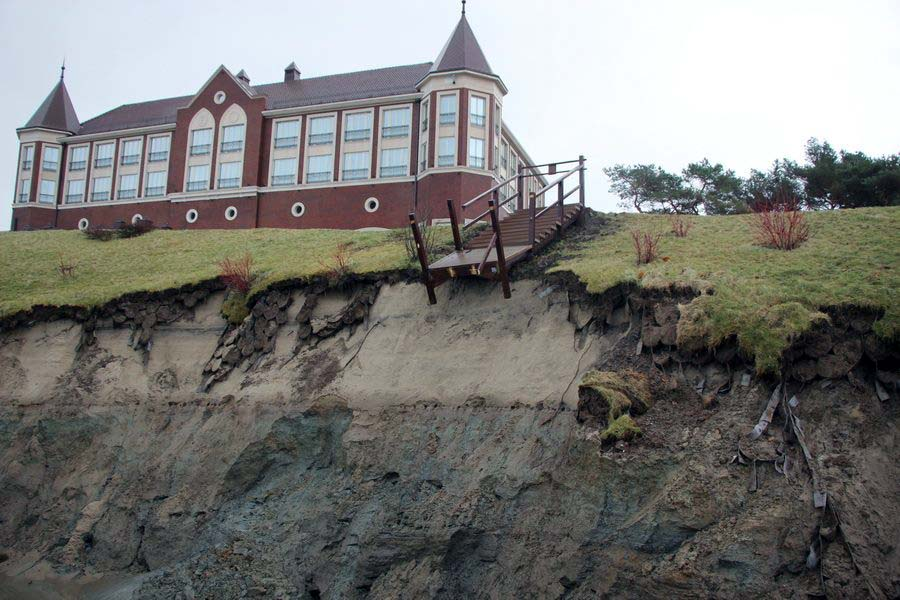 резиденция Пионерский после шторма