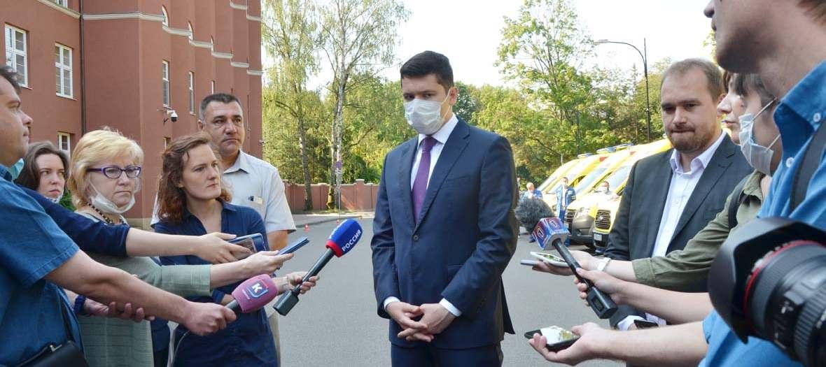 губернатор Алиханов отчитал журналистов